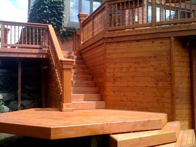The Best Way To Apply Deck Stain Evenly
