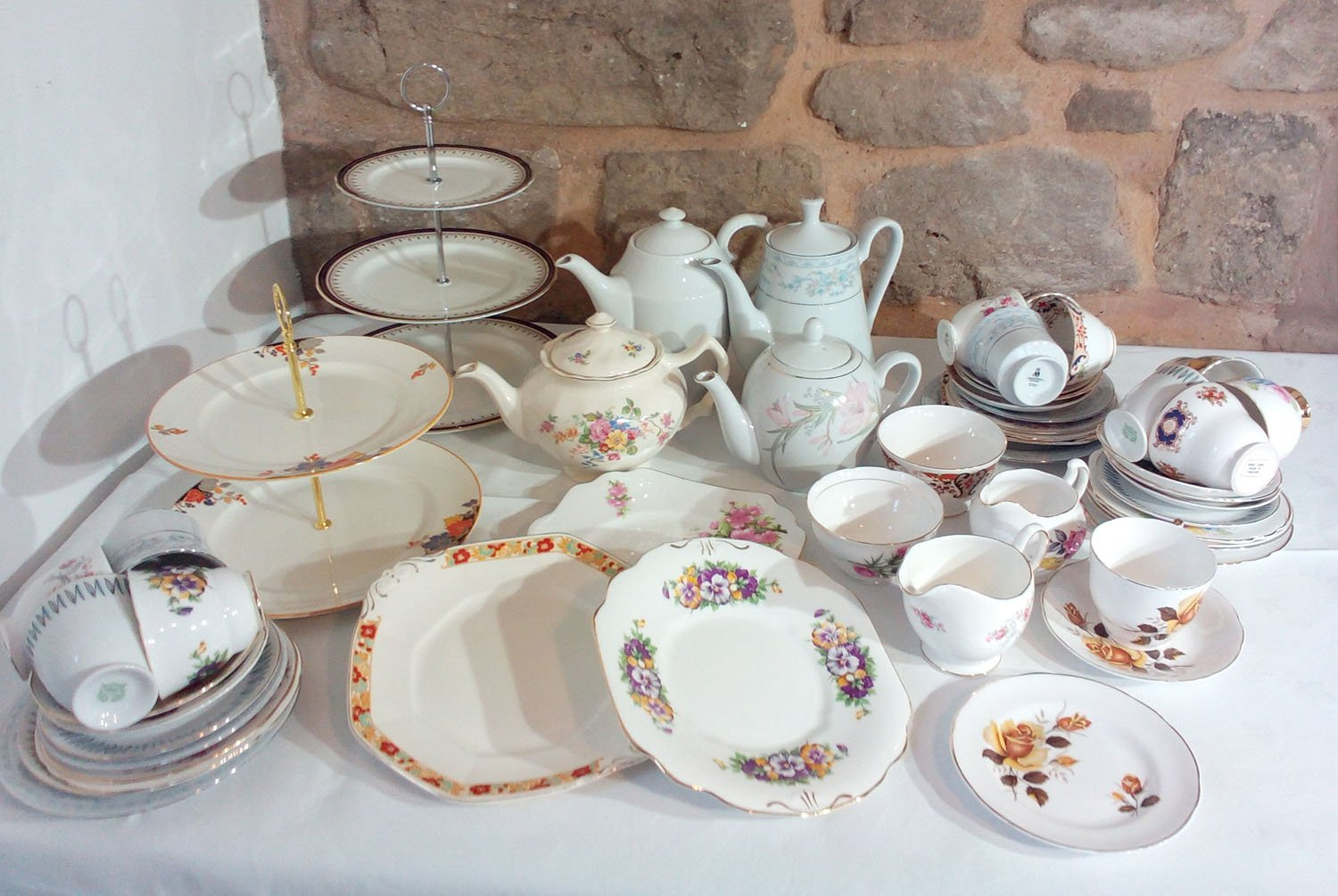 Vintage China Hire, Return Clean or Return Dirty Option