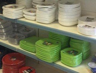 piatti monouso colorati