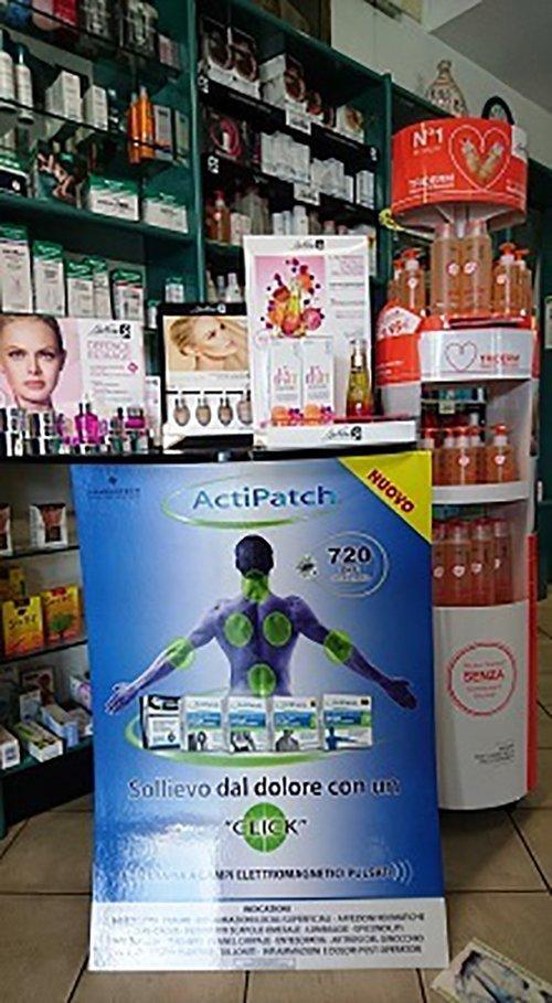 vendita make-up in farmacia