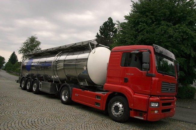 tir per trasporto combustibile
