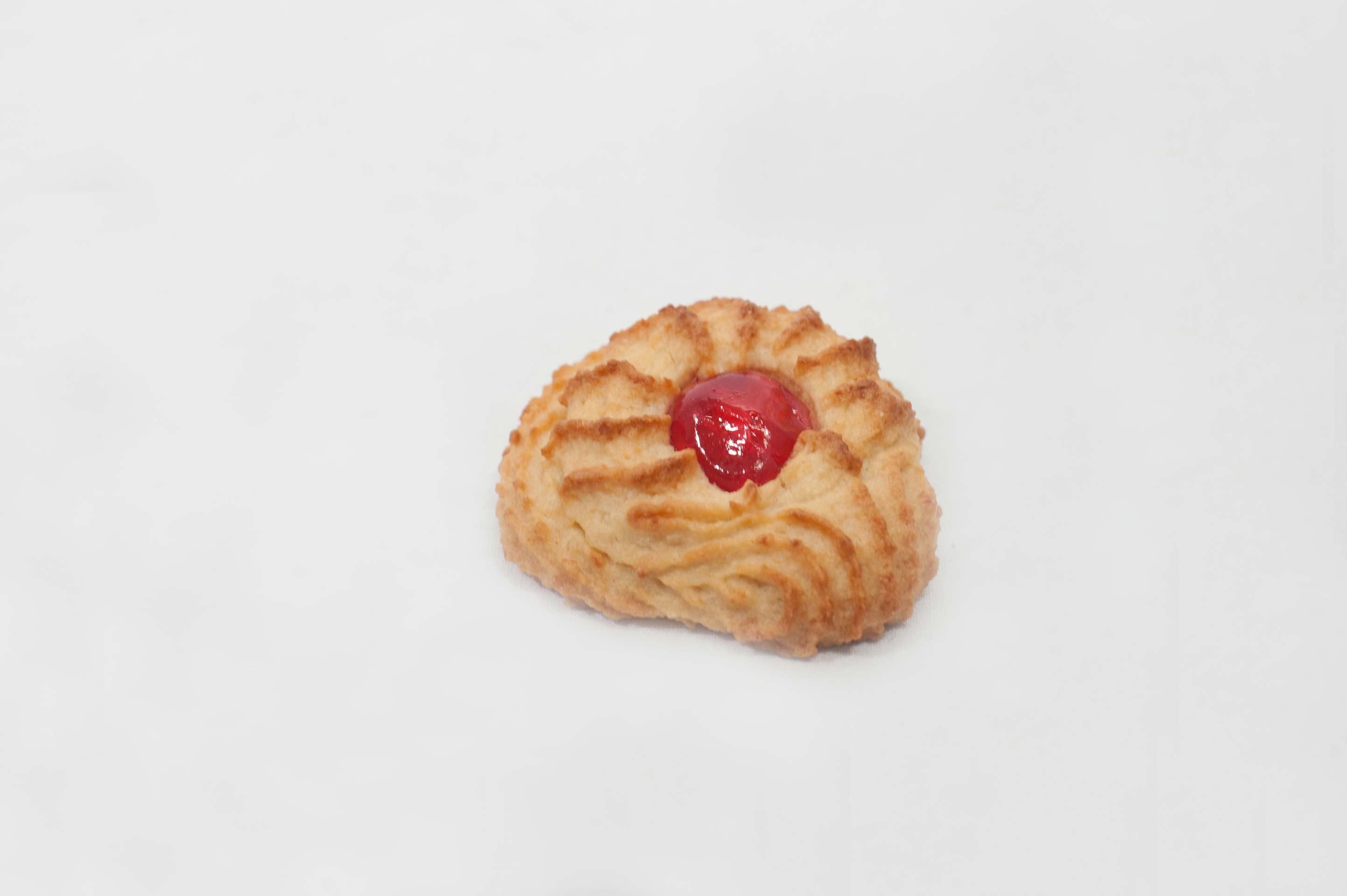 biscotto rosso alla mandorla