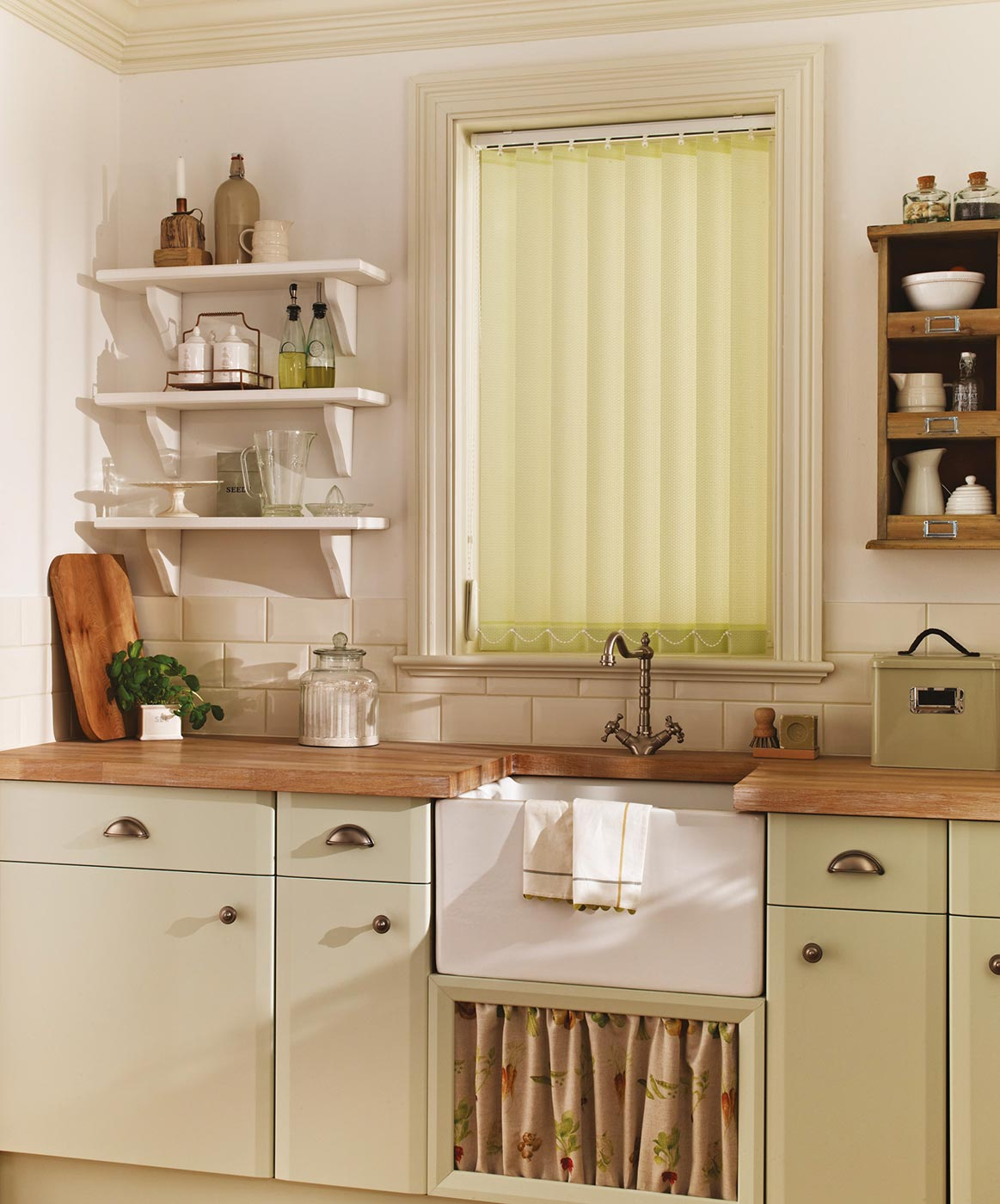 PERSIMMON APPLE GREEN BLINDS