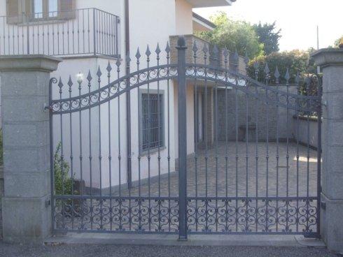 Cancello in ferro battuto verniciatura alle polveri