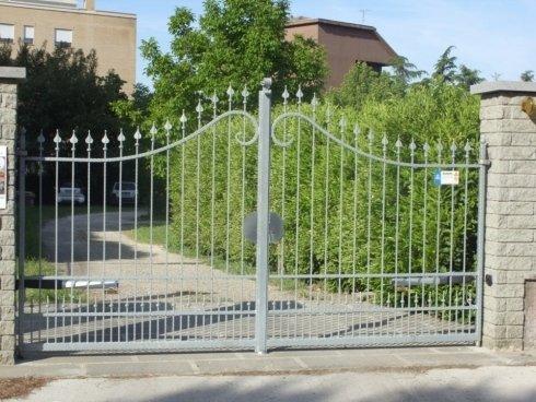 Cancello in ferro battuto zincato a caldo