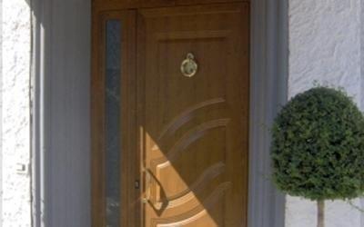 Porte da ingresso effetto legno