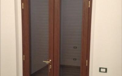 Porte finestre effetto legno