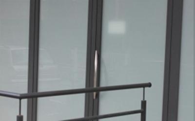 Struttura vetrata apribile