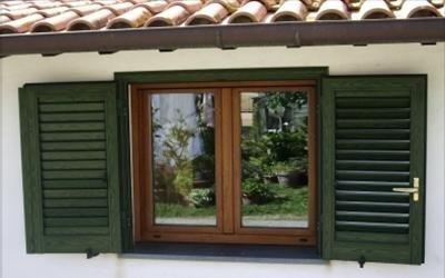 Finestre con effetto legno in alluminio