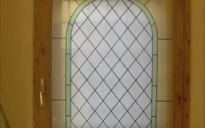 Finestra effetto legno con vetro rilegato
