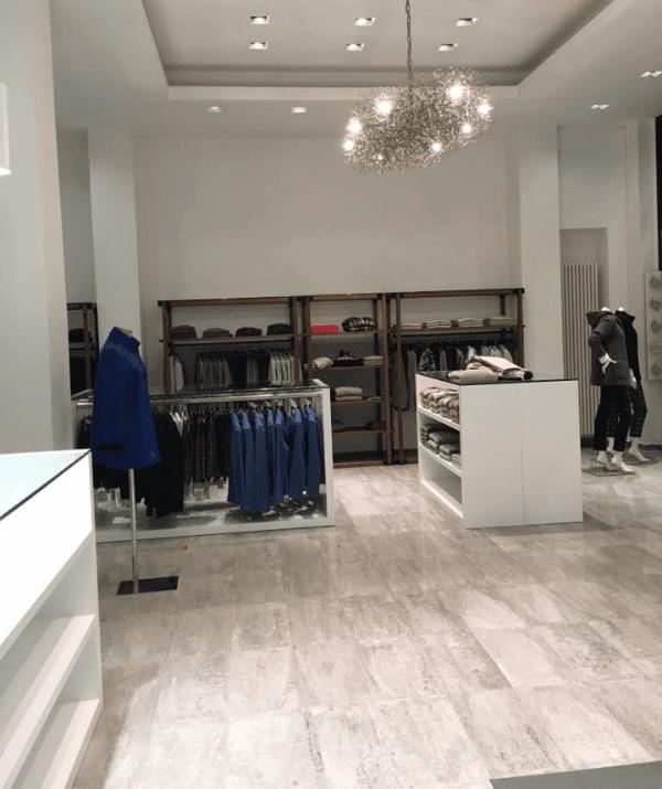interno negozio a Lecco