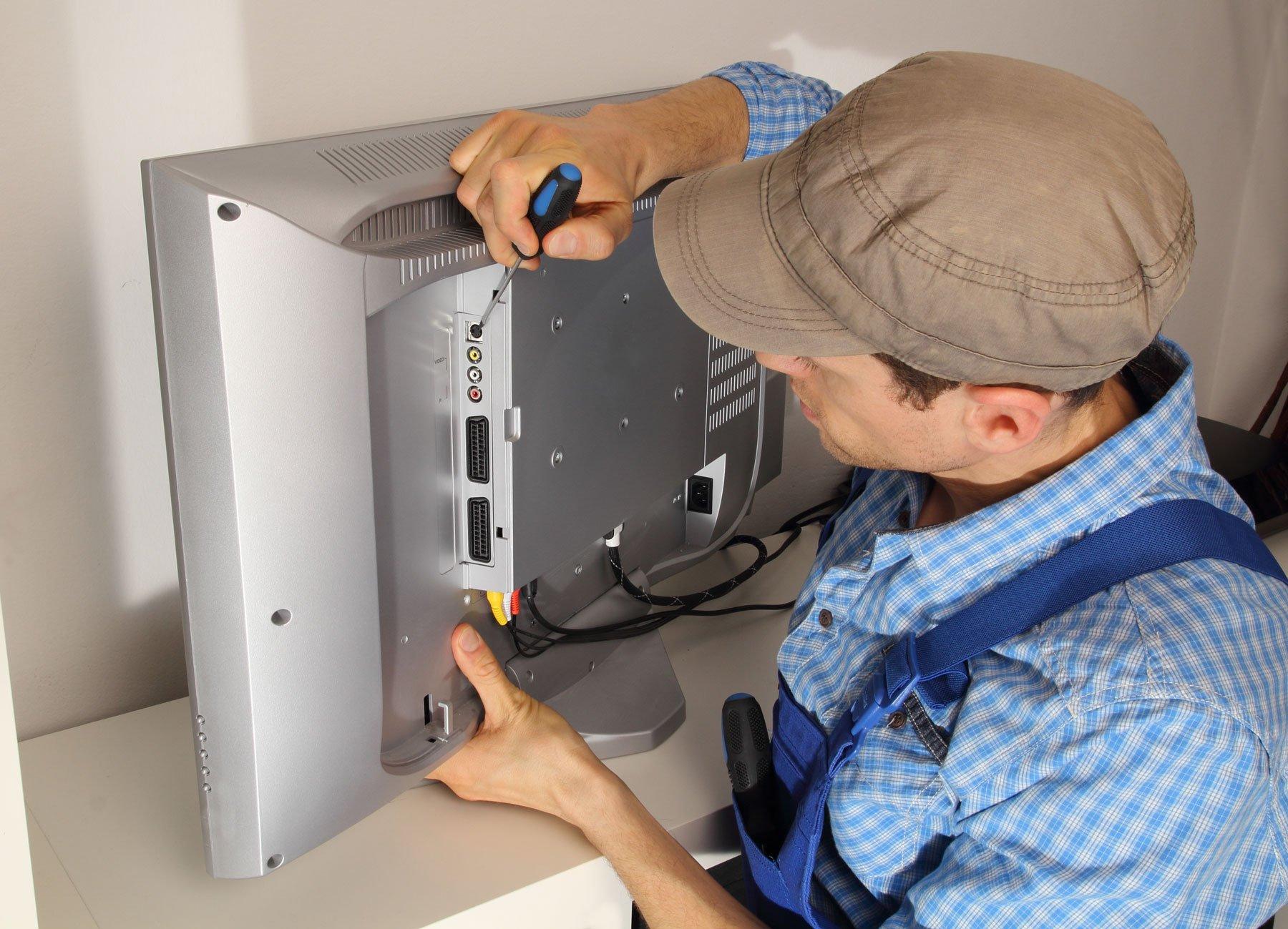 l'installazione e la riparazione del sistema di tv e hi-fi