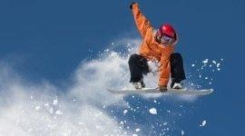 affitto tavole snowboard, affitto caschi da protezione, abbigliamento snowboard