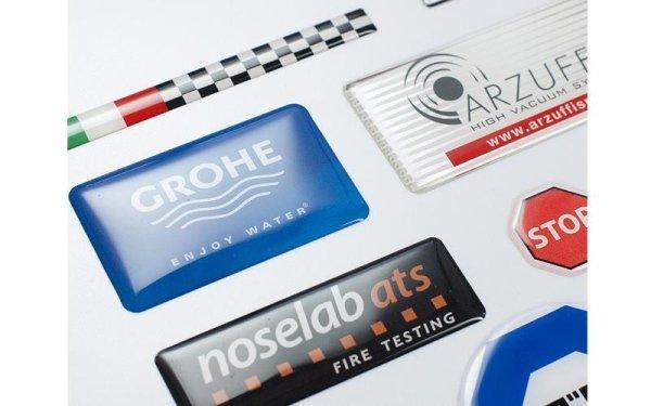 Produzione etichette resinate