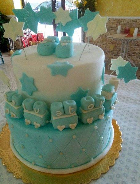 torta a più piani per battesimo bambino
