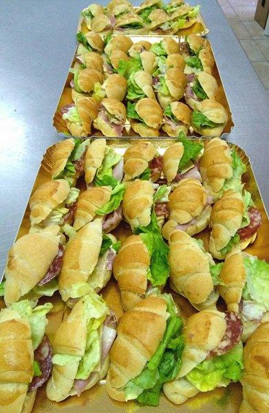 panini salati con affettato ed insalata