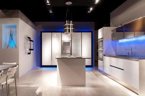 effetti luce, design blu, cucine moderne