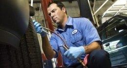 raddrizzatura cerchi auto, raddrizzatura cerchi lega, riparazione gomme