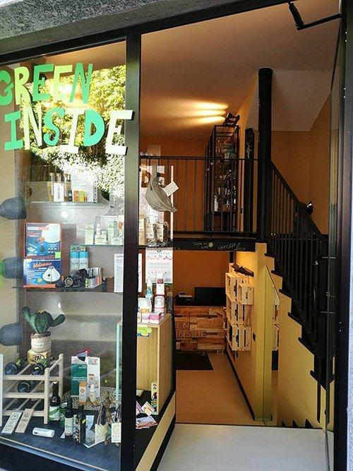 negozio con prodotti per hemp shop