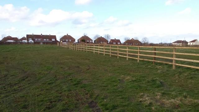 Paddock fence