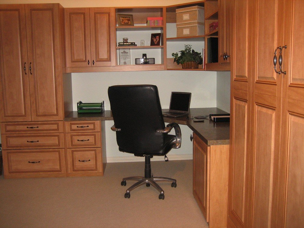 traditional corner home office with Murphy bed