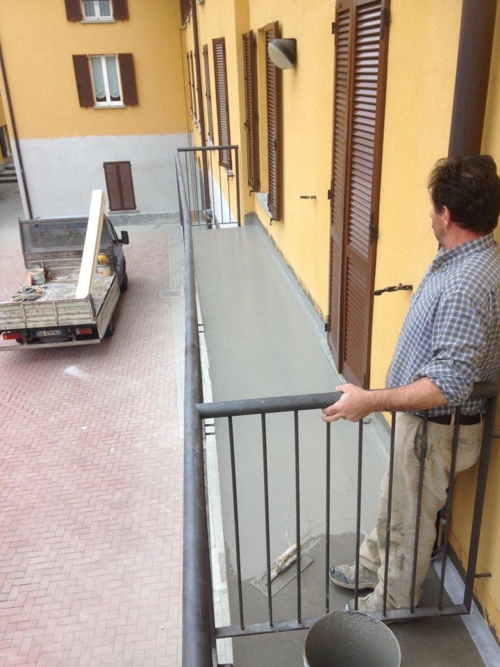 Rifacimento pavimentazione presso edifici ALER di Sirone (LC)