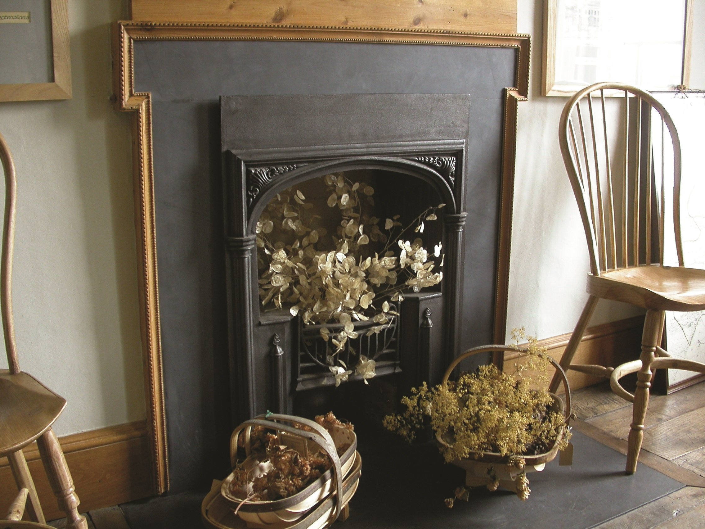 are you looking for cast iron fireplaces in glasgow