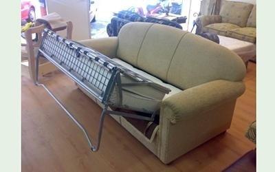 riparazione divani roma