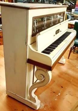 Pianoforte; Shabby; Fabbrica Artigianale Salotti; Roma