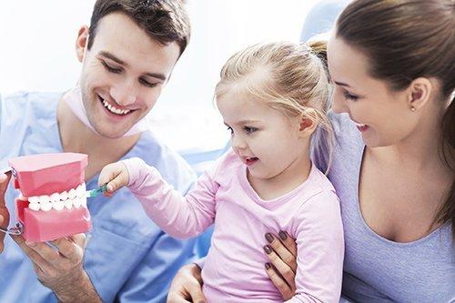 bridge dental doctor with child