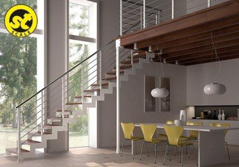 scala moderna in legno