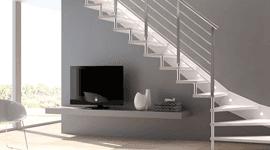 Scale in legno bianco