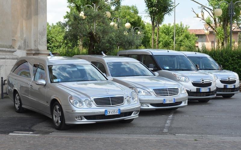 Veicoli funebri Mercedes