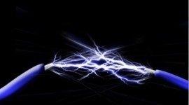 cavi elettrici con scarica elettrica