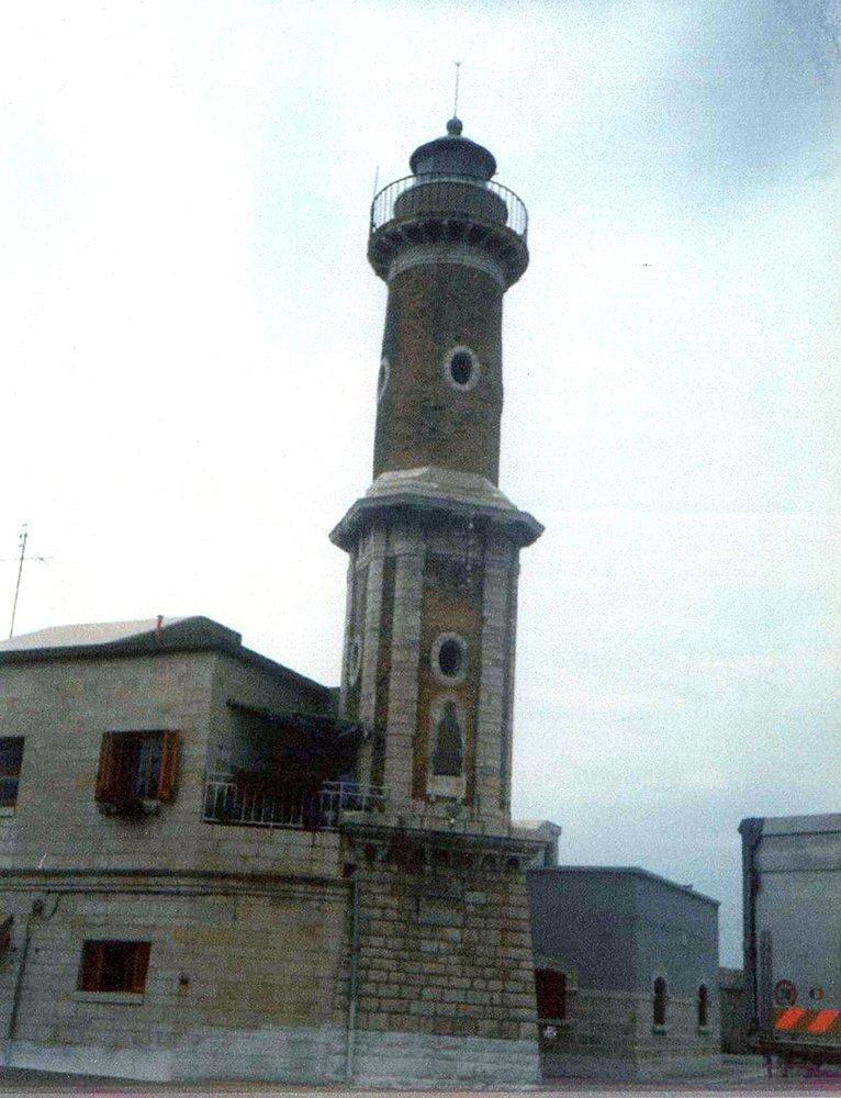 Faro Napoleonico - Porto di Barletta