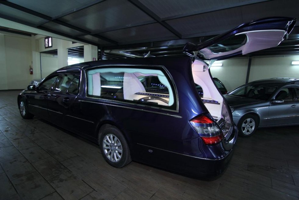 noleggio auto funebre