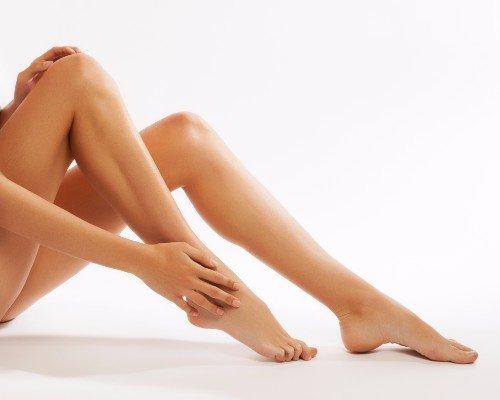 Gambe di donna depilate