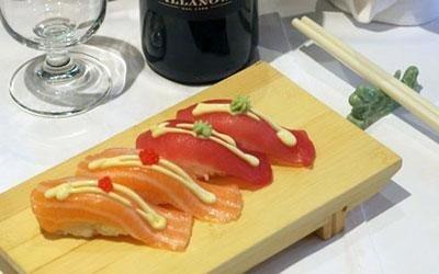 sushi tonno salmone
