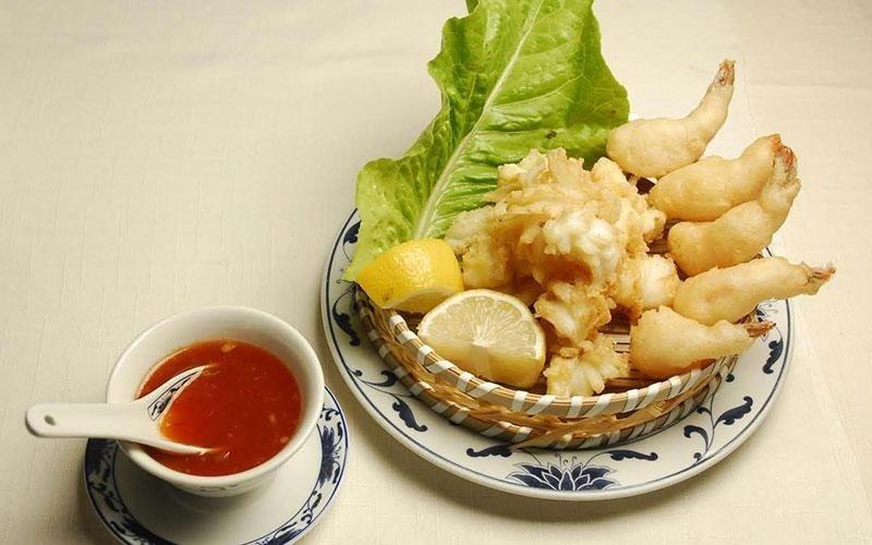 calamari fritti con gamberi