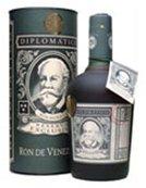 una bottiglia di Diplomatico