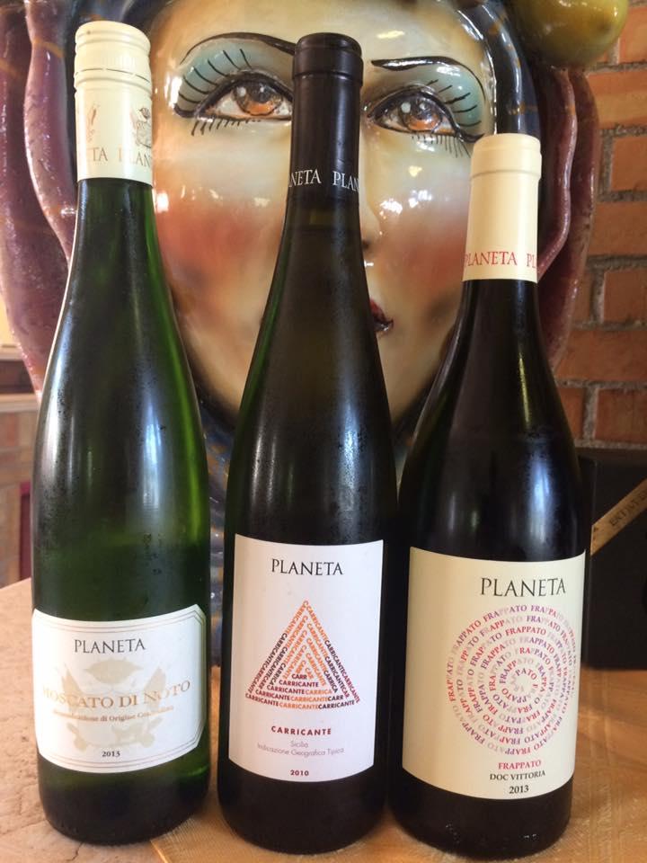 vini bianchi a marchio Planeta