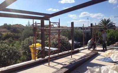 Struttura di metallo di un tetto