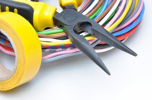 pinza da elettricista
