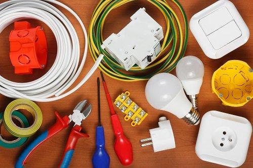cavi elettrici e bulbi