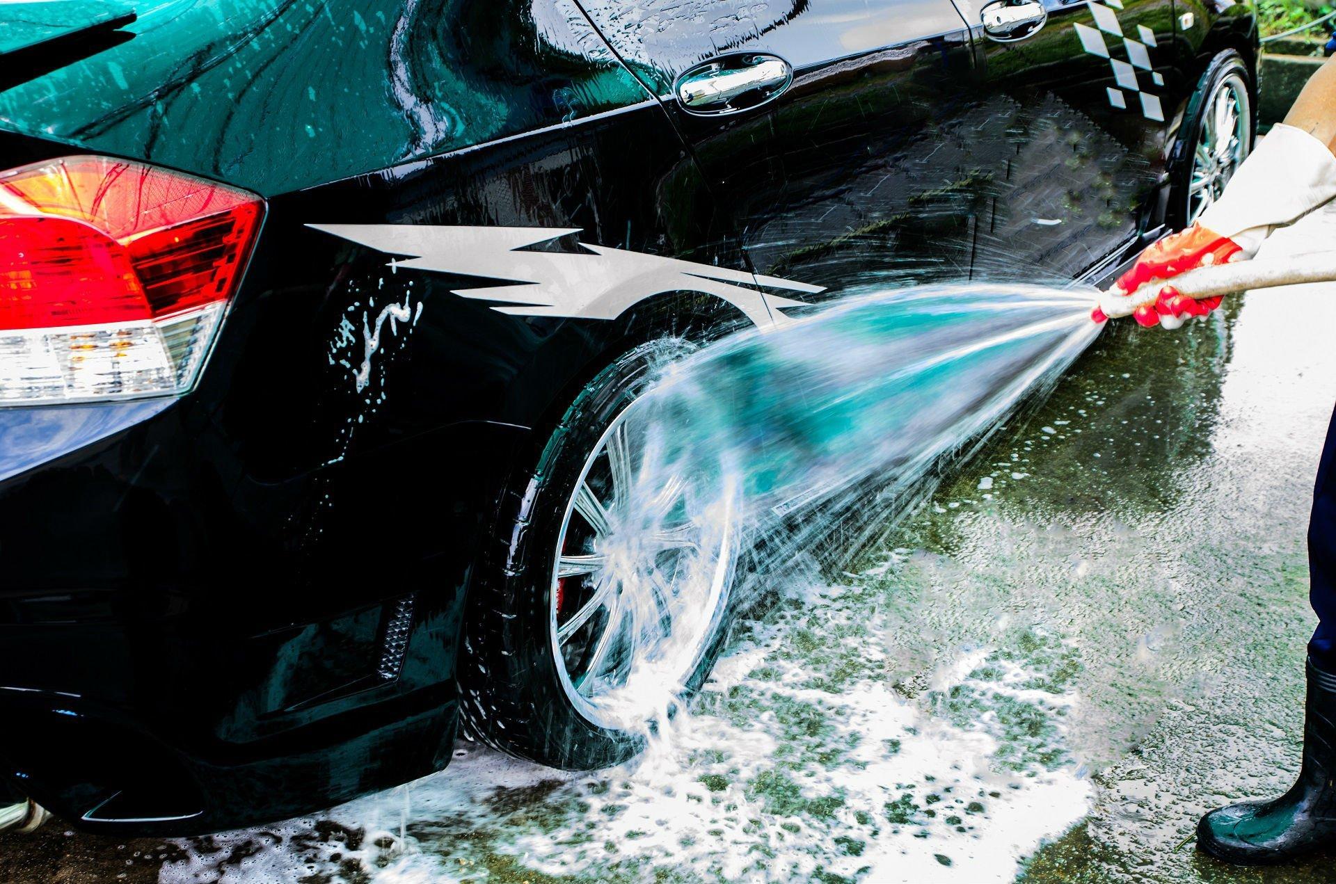 pulizia cerchi auto