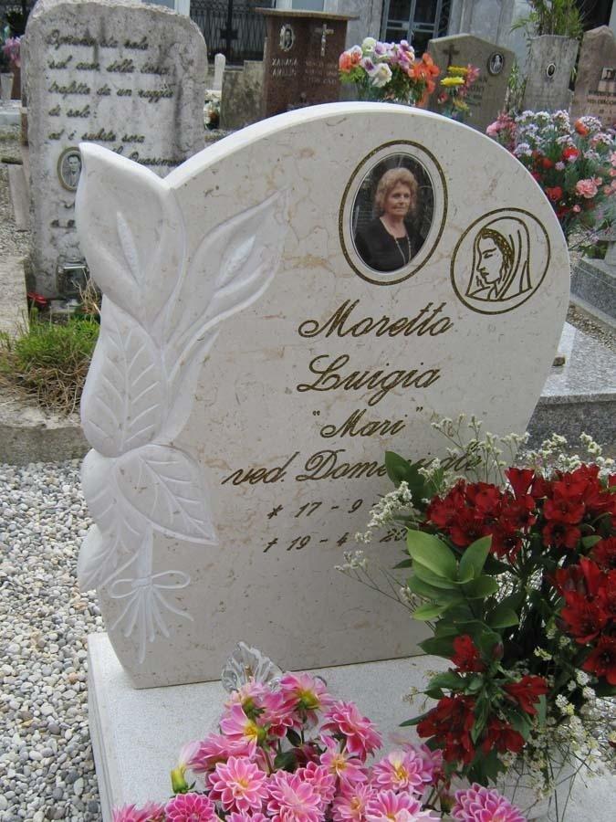 lapide funebre