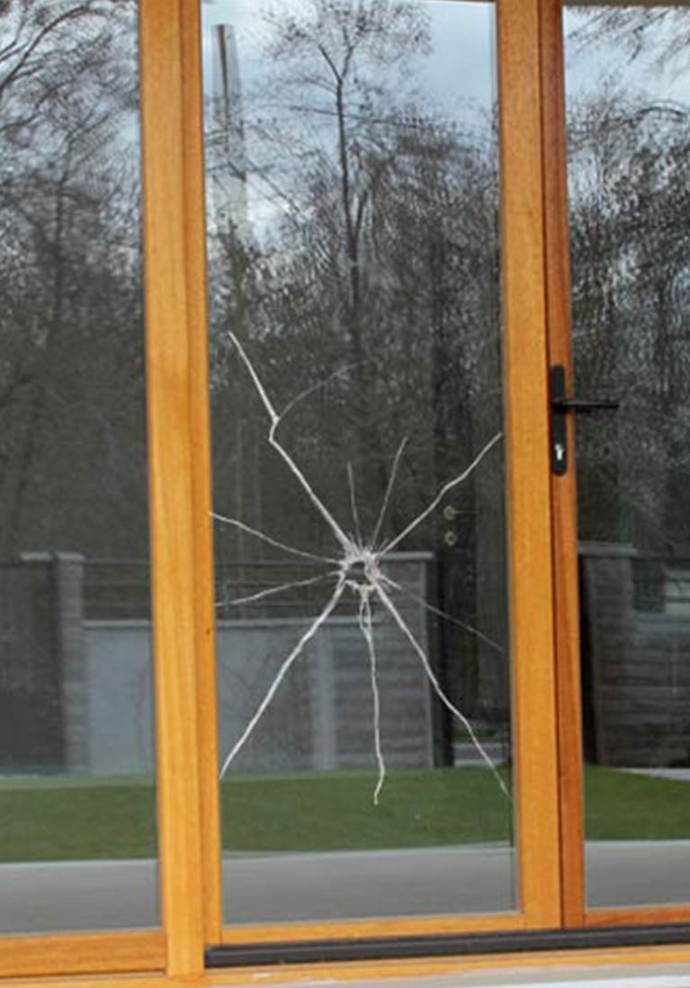 Glass Repairs | St Albans | Affordable Glass Pty Ltd | Affordable ...
