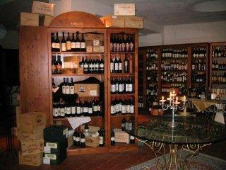 cantina, enoteca, vini, selezione di vini