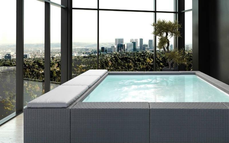 piscina per interni grigia