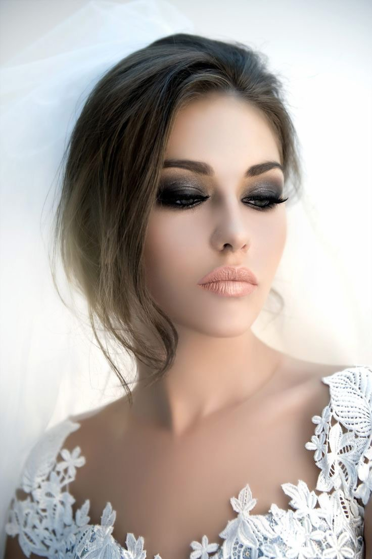 the makeup mirror dark smokey eyes wedding makeup